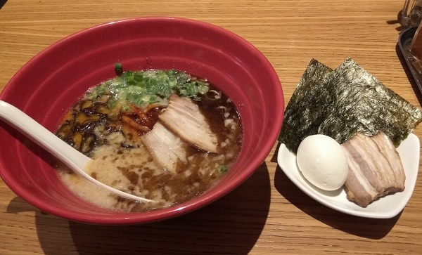 Ippudo Akamaru Best Raman in the World