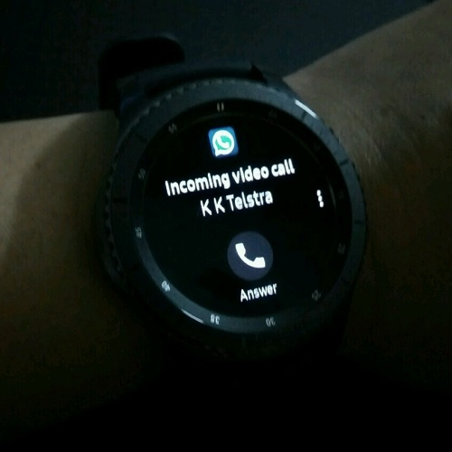 Samsung Gear S3 WhatsApp Video Call